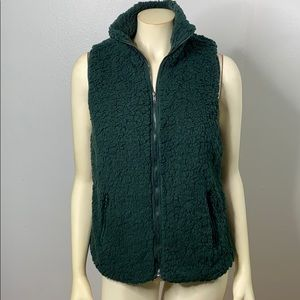 Staccato Green Sherpa Vest Zippered Front& Pockets
